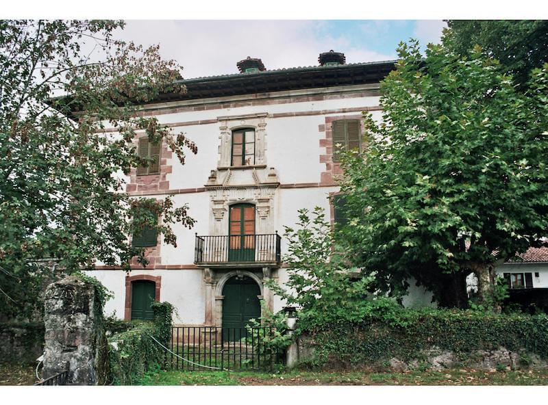 Palacio Datue, Elizondo