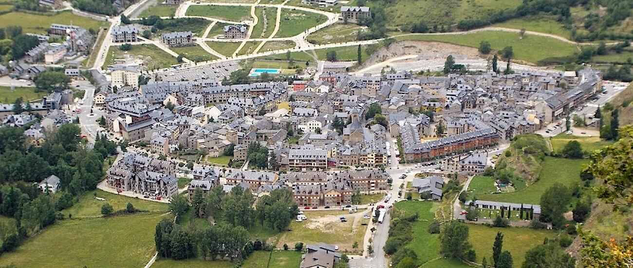 Vista aerea de Benasque