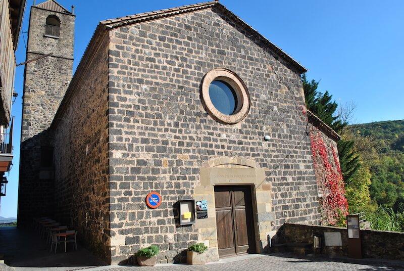 Iglesia de Castellfollit de la Roca