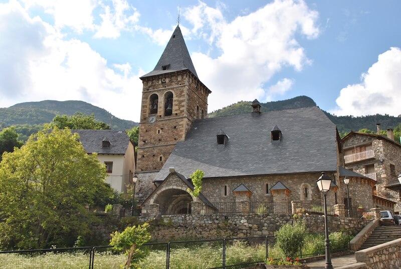 Iglesia de San Esteban de Plan