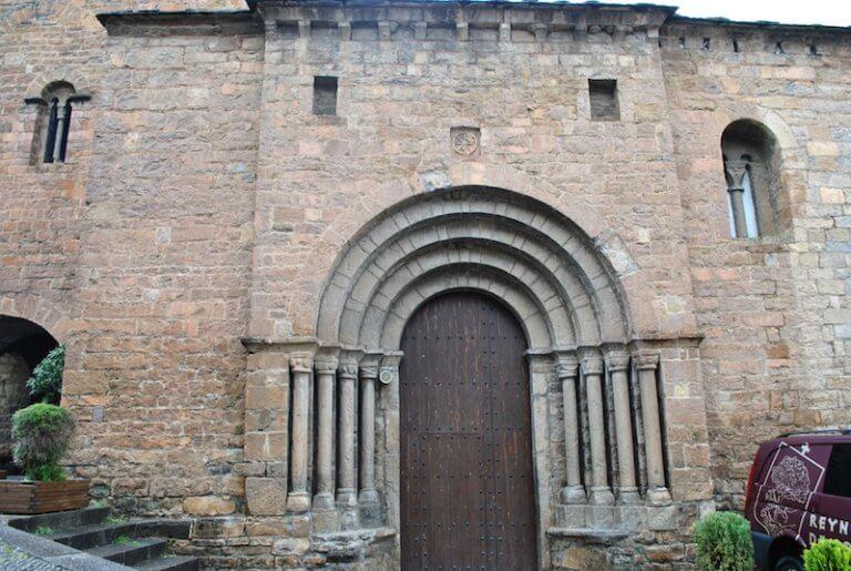 Iglesia Santa Maria de Aínsa Huesca