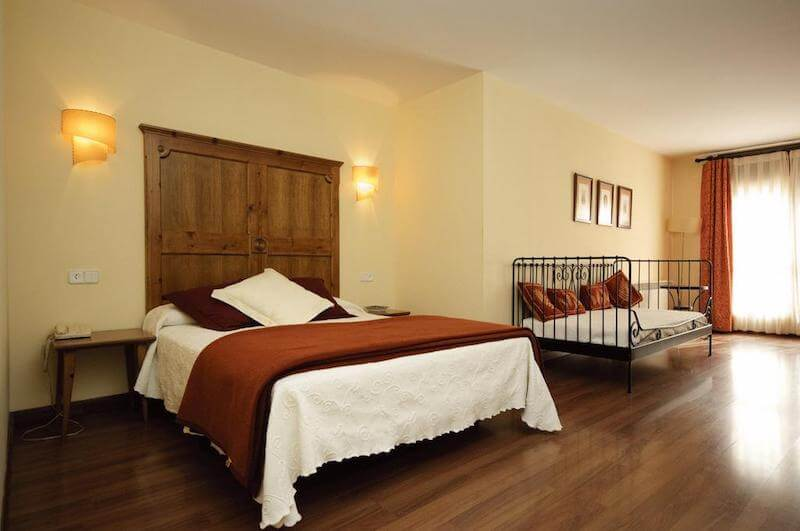 Habitaciones Hotel Pirineos