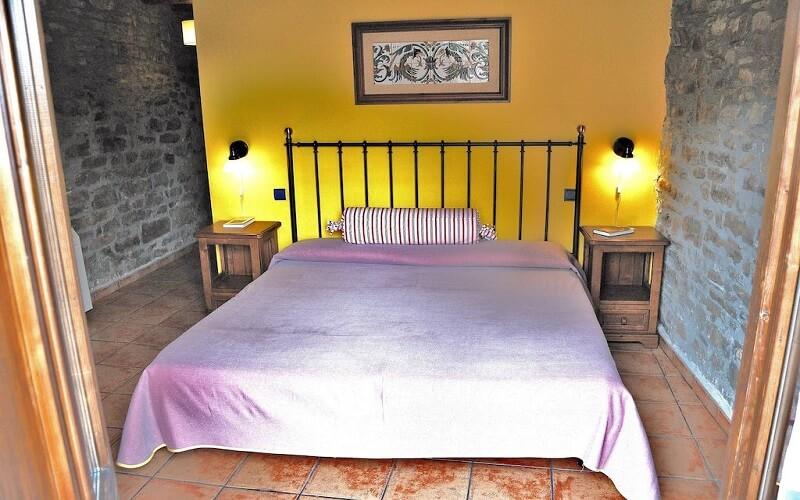 Casa Cruz Donde Dormir en Boltaña