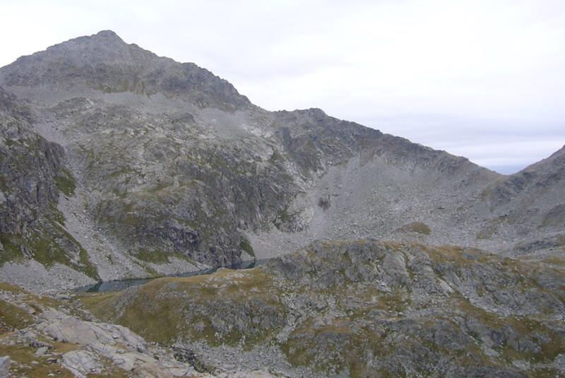 vistas sobre el Ibón de Llauset