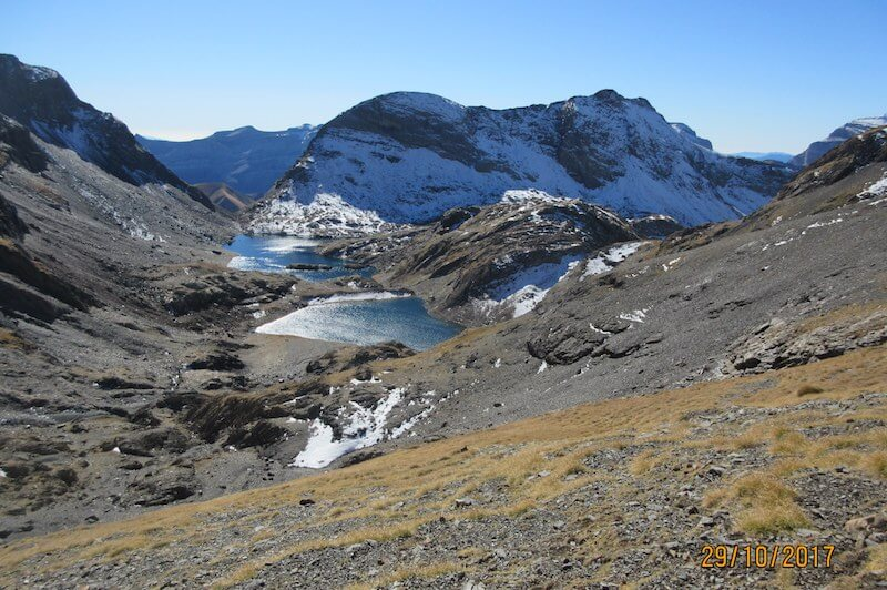 vista dos lagos La Munia Pirineos