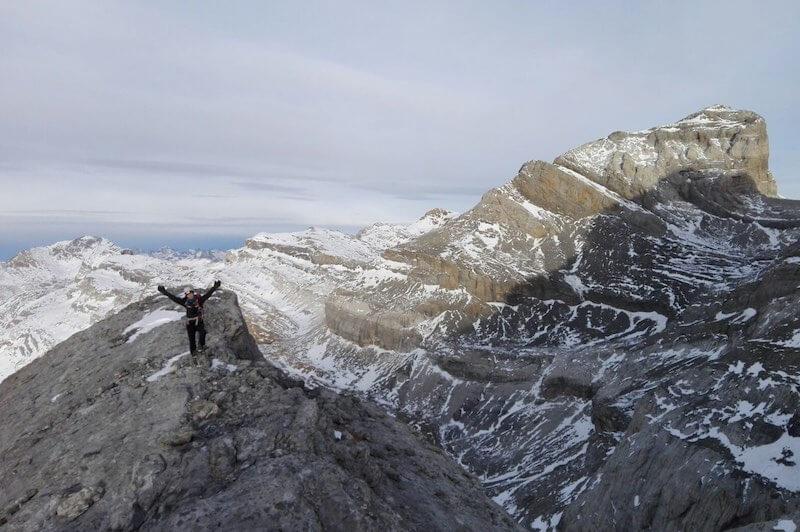 punta escaleras ascenso pico añisclo