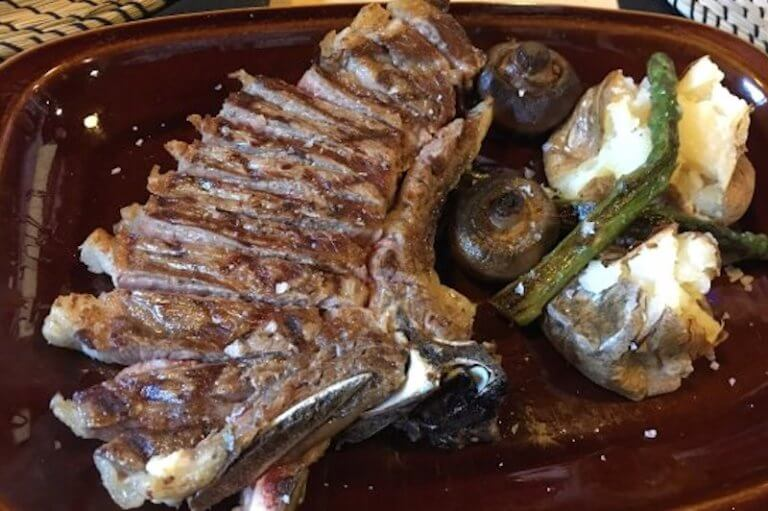 Restaurante Brasería Alberto en Aínsa Pueblo