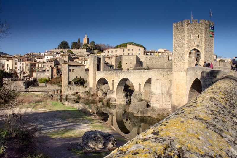 Besalú pueblo Medieval de la Garrotxa