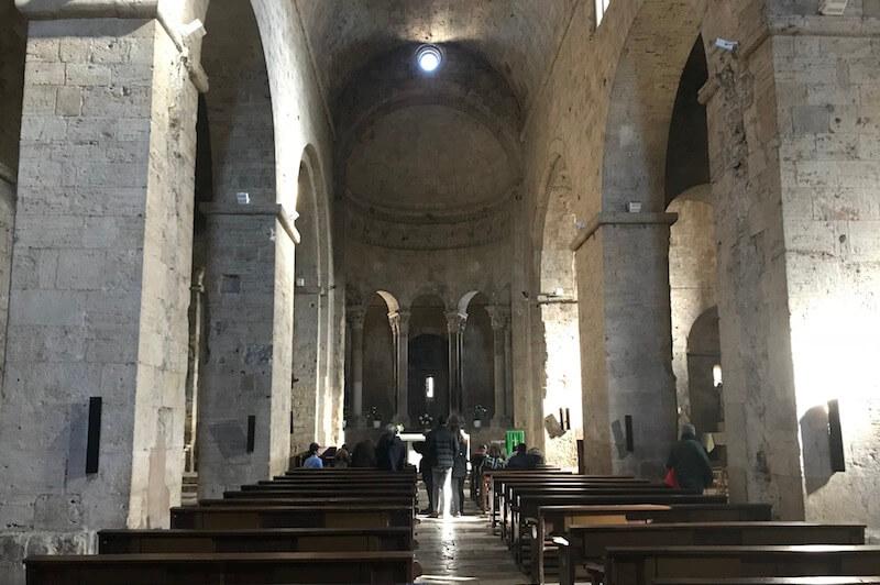 Monaterio Sant Pere de Besalú