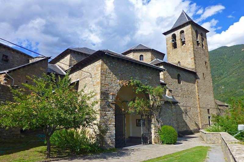 Iglesia de Torla