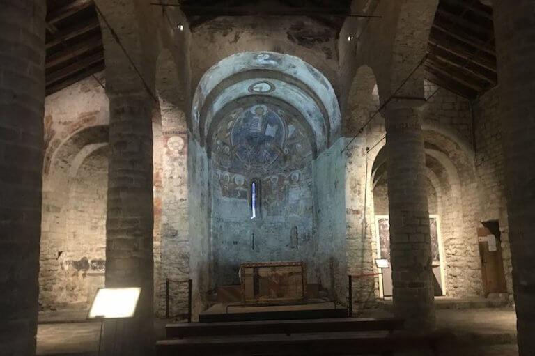 Interior de la iglesia de Sant Climent de Taüll