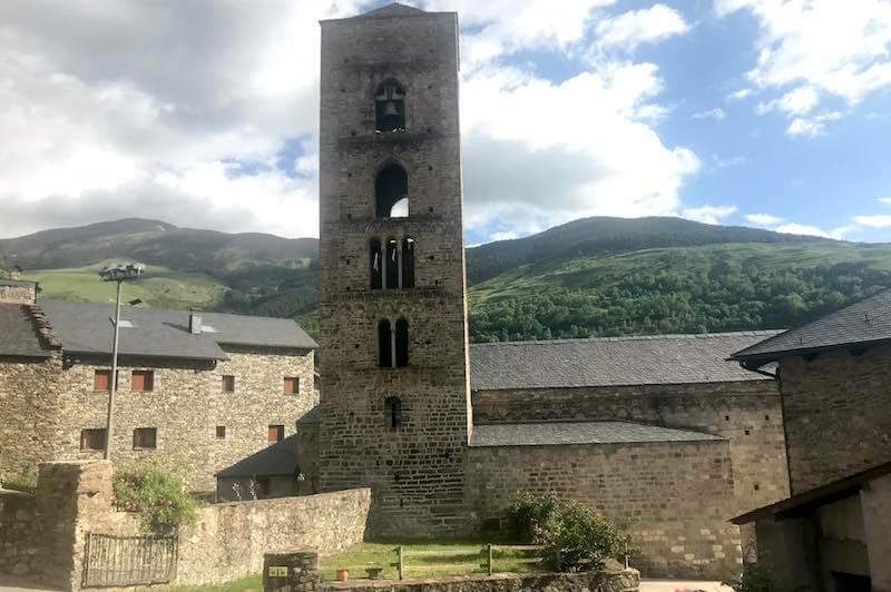 Iglesia de la Natividad de Durro