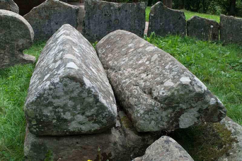 Tumba de las dos Hermanas en la Necrópolis de Argiñeta