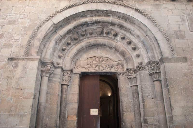 Iglesia de Santa Cruz de la Seros