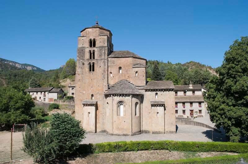 Iglesia del monasterio de Santa María de Santa Cruz de la Serós