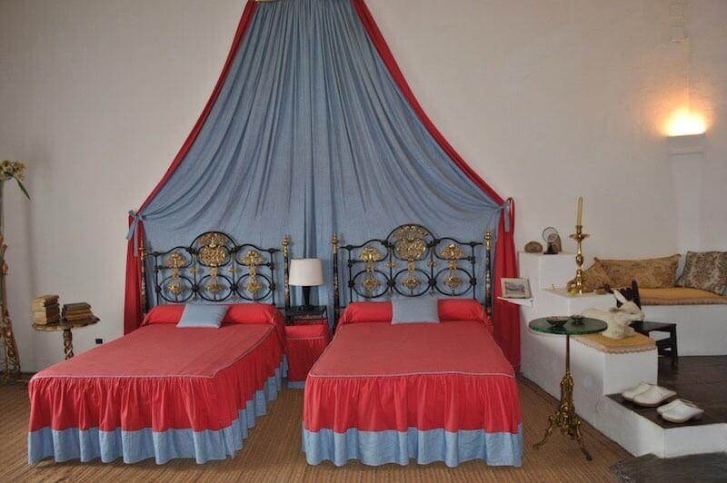 Dormitorio de la casa museo dalí en cadaqués