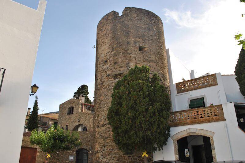 torres medievales selva de mar