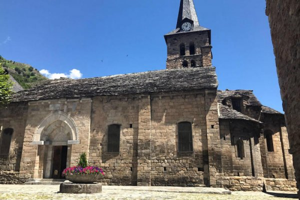 Iglesia dela Asunción de María de Bossost