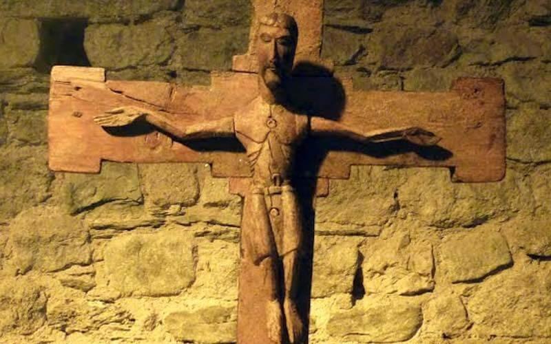 Talla de madera cristo de taull